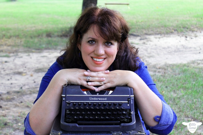 shelly-typewriter_wm